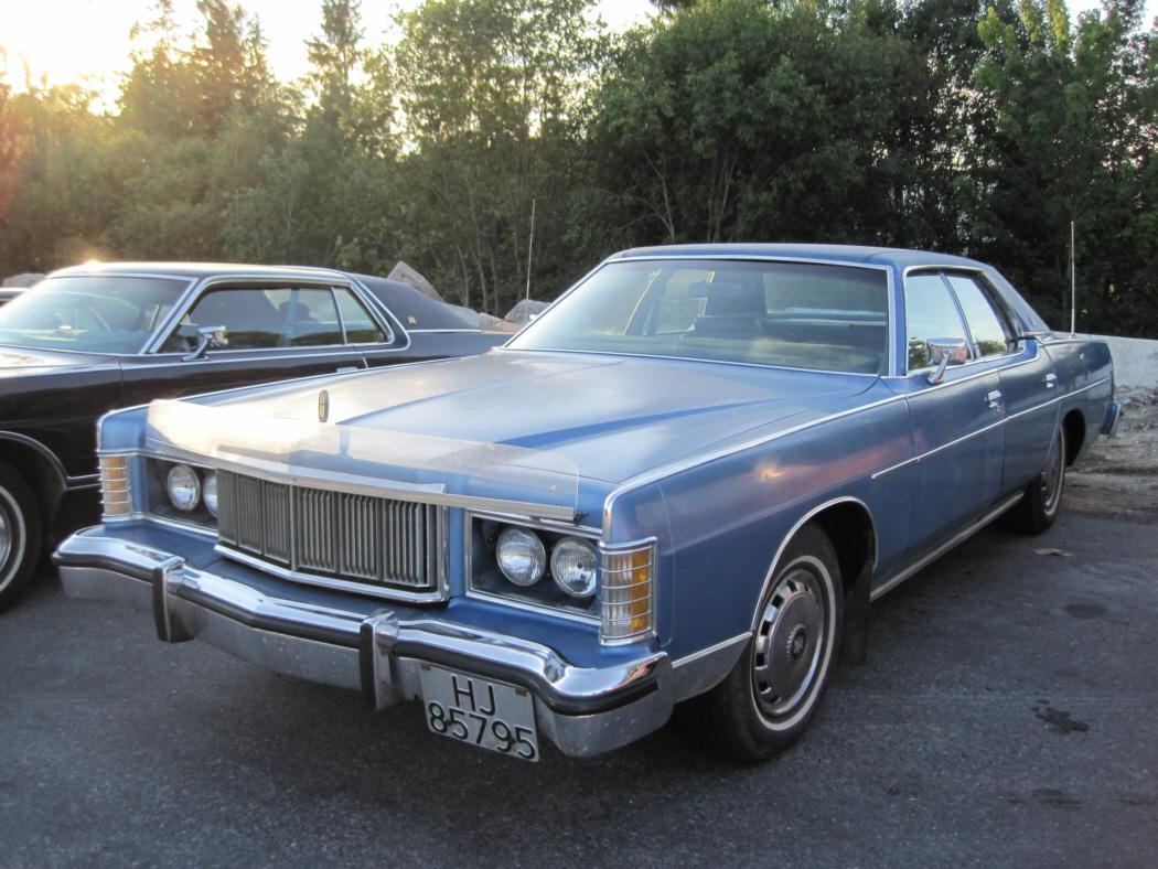 13050498 also Mercury Grand Marquis Red 1 in addition 1966 Mercury Monterey 4 Door Sedan Fords Middle Child besides Suzuki Address 125 Service Manual likewise 3723589300. on mercury grand marquis